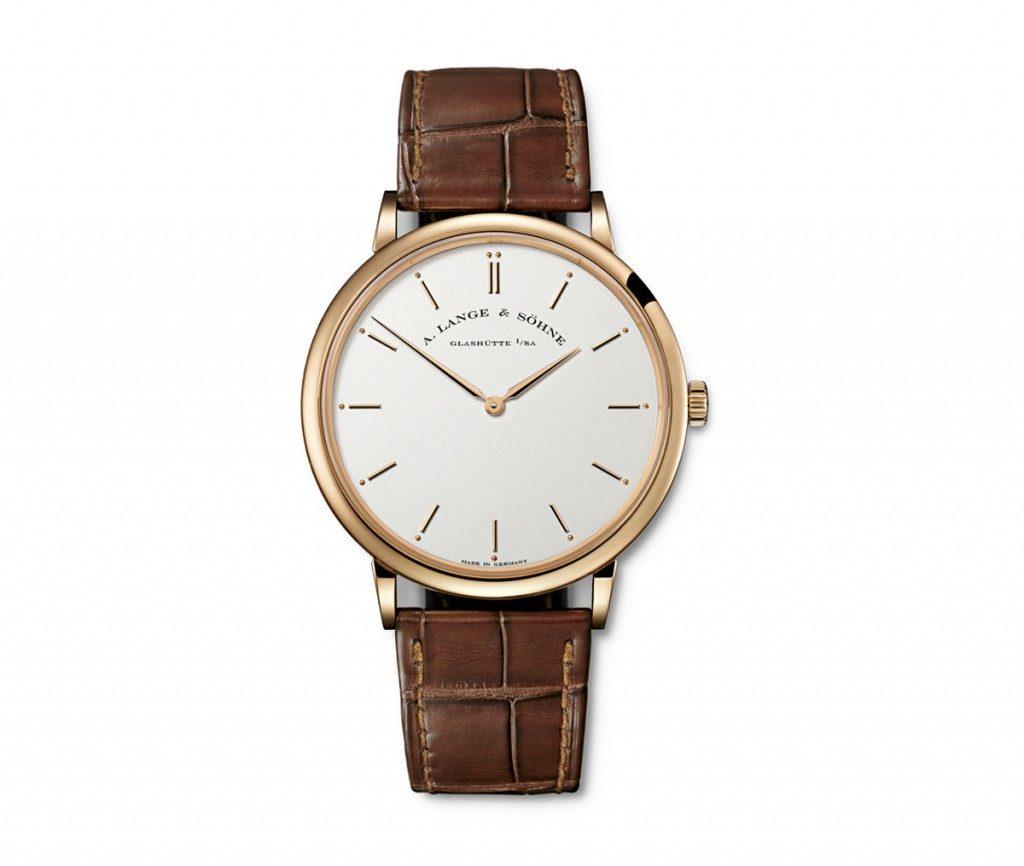 36d955382 Skutočne, nie každé hodinky sa môžu pochváliť kalibrom R093.1. Presnejšie,  tieto hodinky sú jediným majiteľom takého mechanizmu na svete, čo z nich  robí z ...