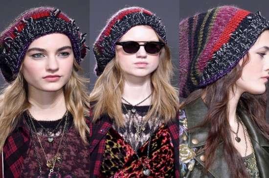 Divat kalapok. Lapos kalapok és más mezőverziók 2357d63560