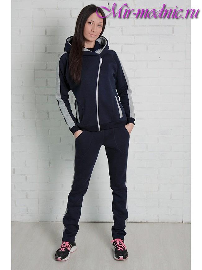 Супер модний спортивний костюм. Тканина і забарвлення в спортивному ... b05e9e1a9fba5