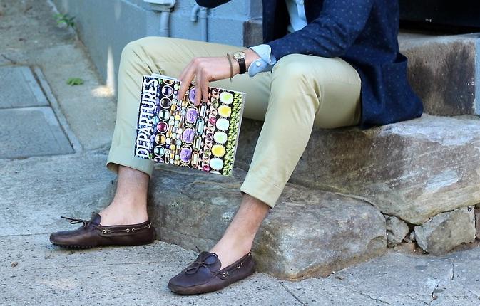 Для створення модного ретро-образу надіньте до таких штанів елегантні  мокасини з низьким широким каблуком. 3. Збираючись на не дуже формальний  захід влітку 82454d1e60c21