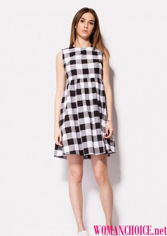 Біле-сіру сукню буде добре виглядати і як теплий варіант для зимової  холоднечі 51e92e55a6088