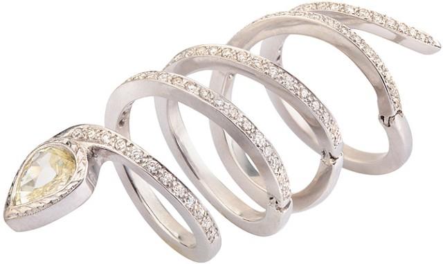... одним з найбільш популярних для дизайну жіночих браслетів. Тіло змійки  - з дорогоцінного металу b6ed1bc4f3747